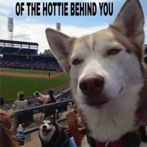 Get pic of hottie behind you