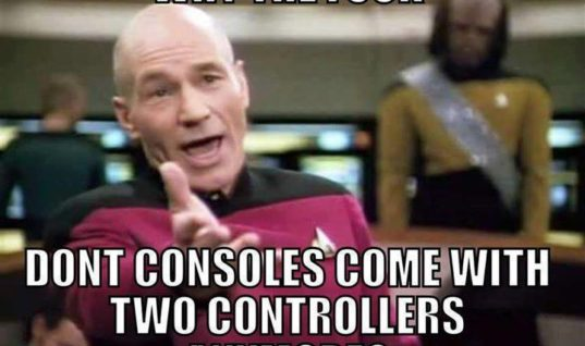 Consoles with 2 controllers