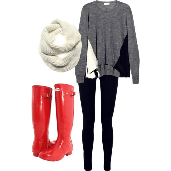 fashionable outfit for a rainy day