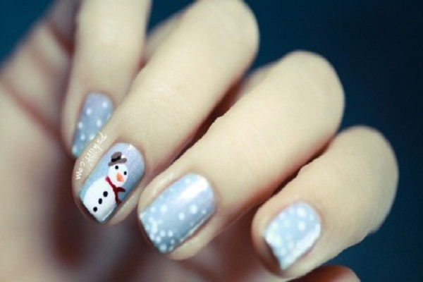 5 christmas nail art designs to remember funny pictures quotes snow christmas nail art design prinsesfo Gallery
