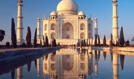 The Love Story and Myths Behind Taj Mahal