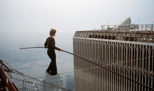 The 5 Most Impressive Death-Defying Stunts in Human History