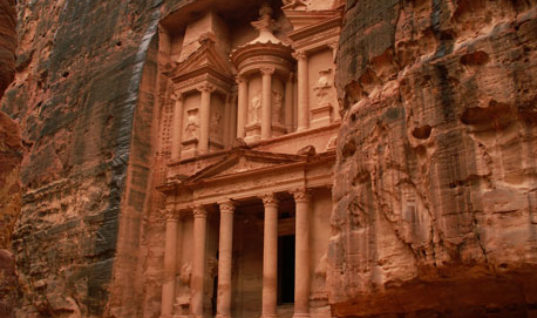 The Lost City of Petra: Impressive Travel