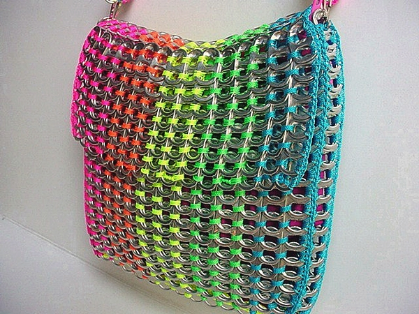 colored bag aluminum pull tabs