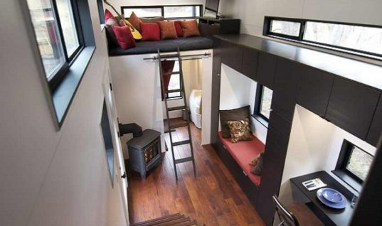 Andrew & Gabriella Morrison's Tiny House on Wheels