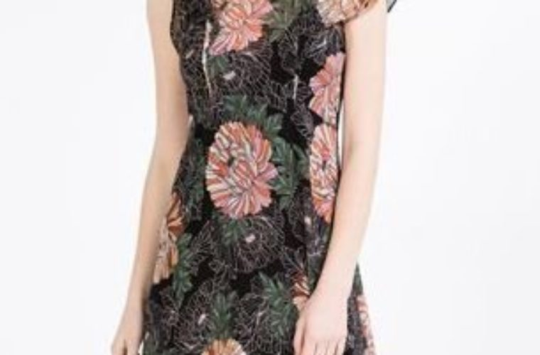 Ring In The Spring With This Gorgeous Floral Trend