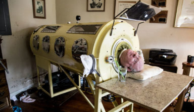 This Lawyer Is One of The Last People Alive Who Still Uses An Iron Lung