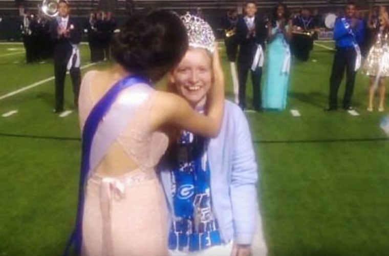 Bullies' Homecoming Prank Backfires When Friends React With Kindness
